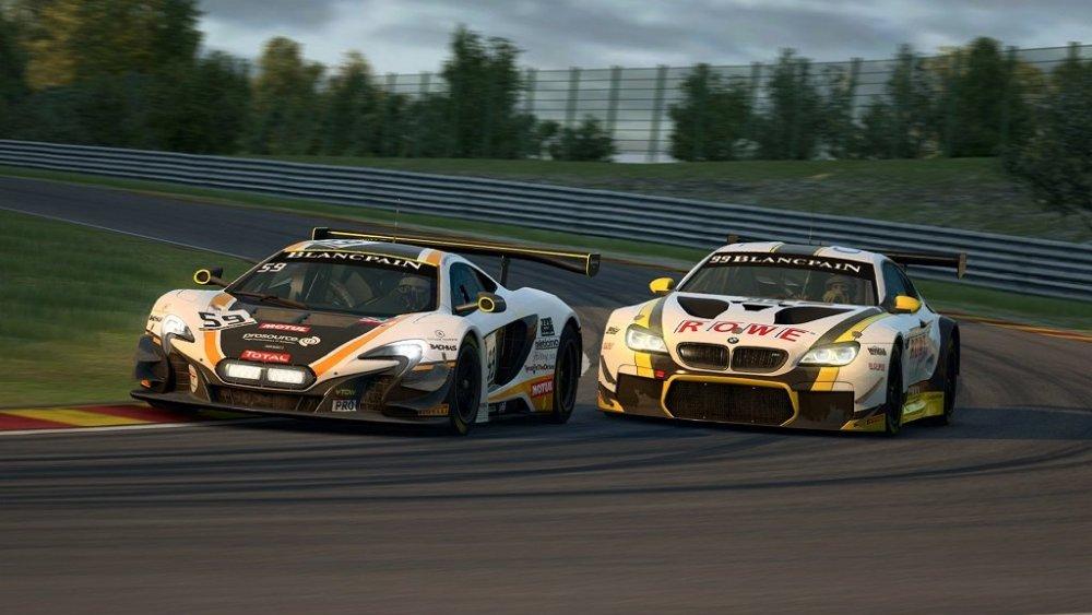 raceroom1.jpg