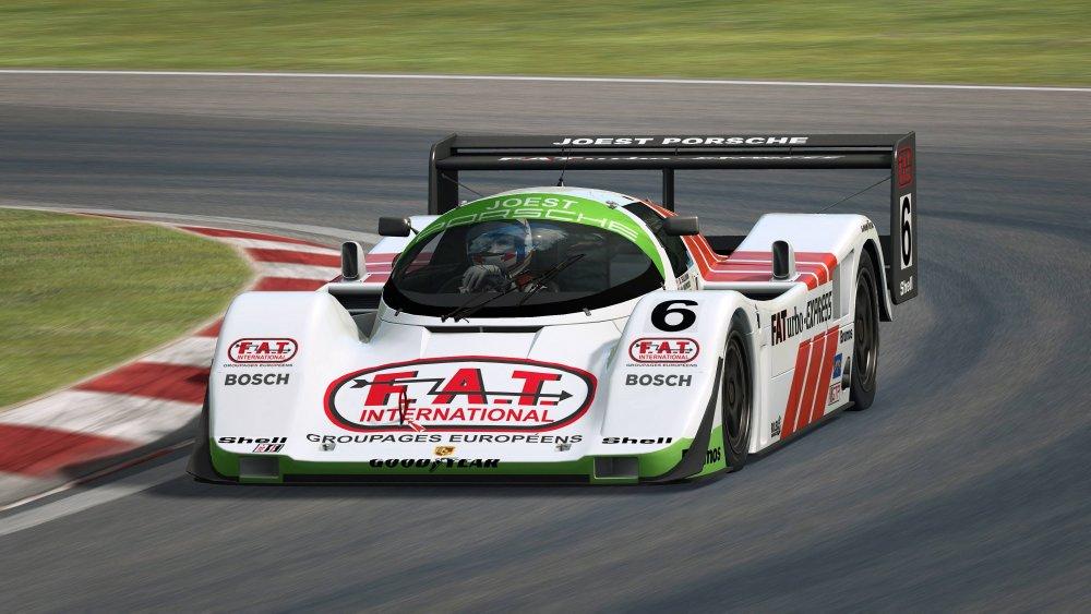 raceroom 2.jpg