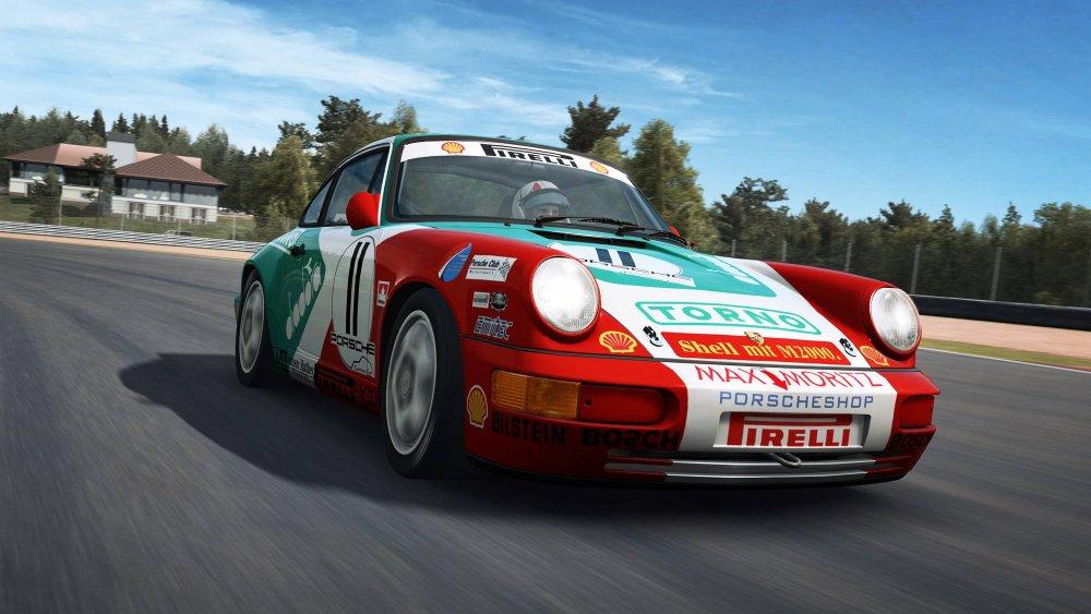 raceroom 1.jpg