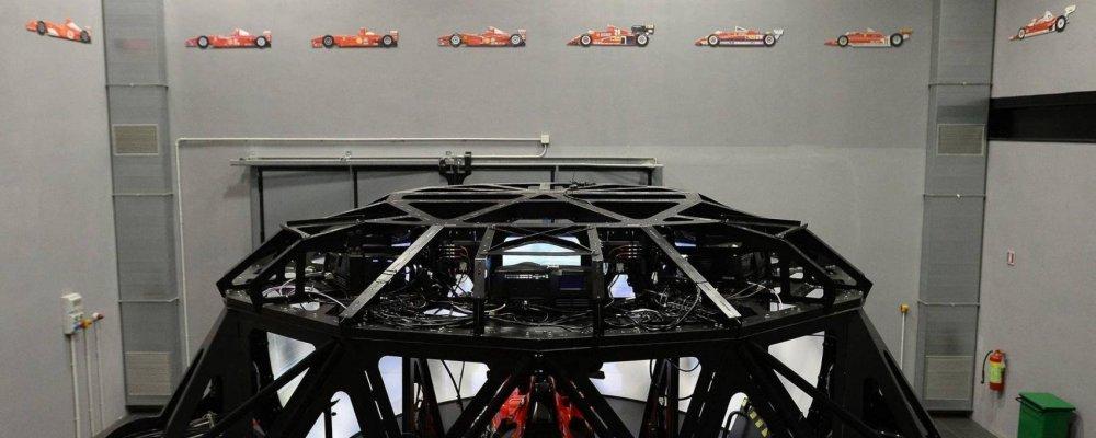 simulatore ferrari ragno 2.jpg