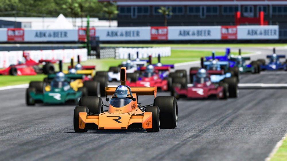 the race 2.jpg