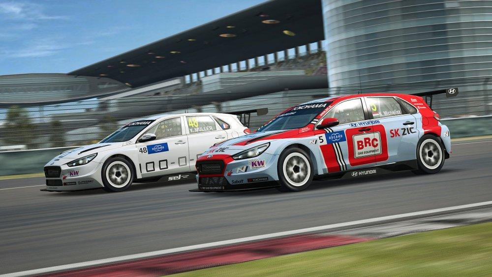 raceroom-4.jpg