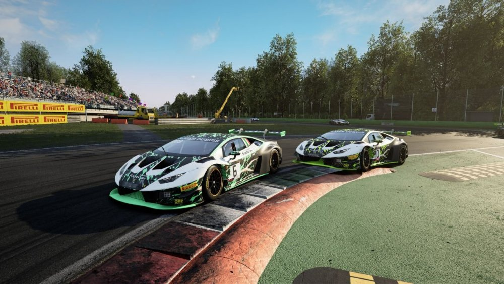 lamborghini-entra-nell-esport-the-real-race-v4-448831-1280x720.jpg