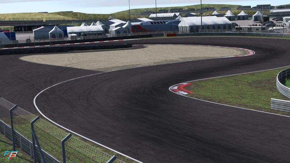 zandvoort_2020_screenshot_08.jpg