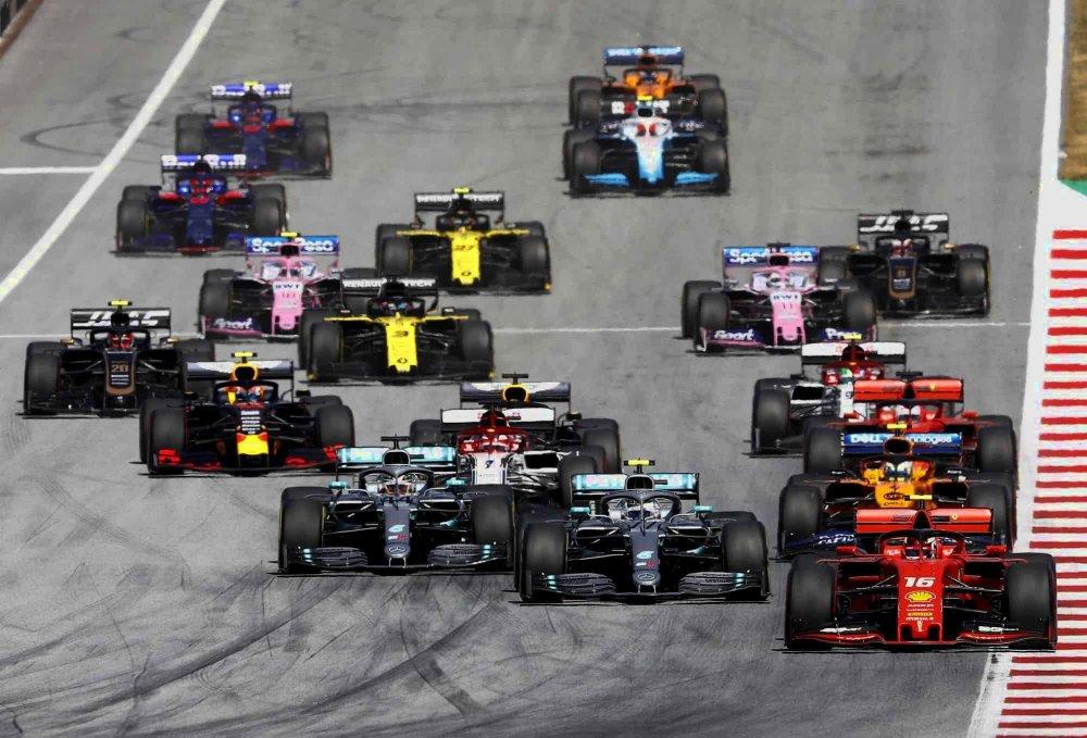 2019-Austrian-GP-F1-2019-race-start-Photo-Daimler-e1561993025290.thumb.jpg.9e5d040704520986bb9c6514d415517d.jpg