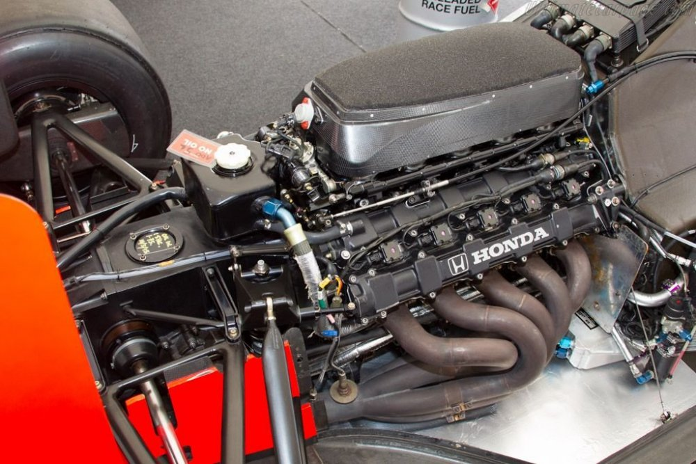 motore5.thumb.jpg.c9483d97cad60484ab98cad6629ac340.jpg