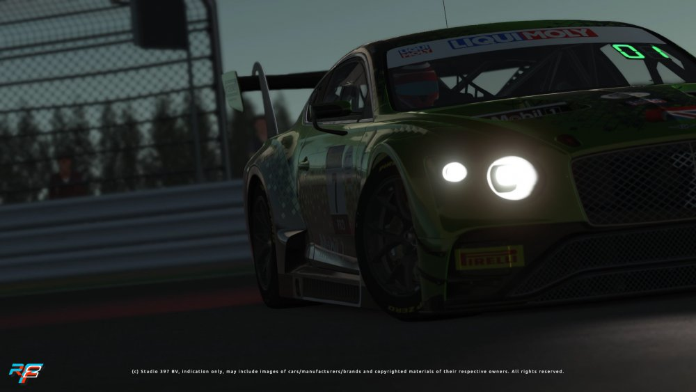 Bentley_Continental_GT3_2020_06-1.jpg
