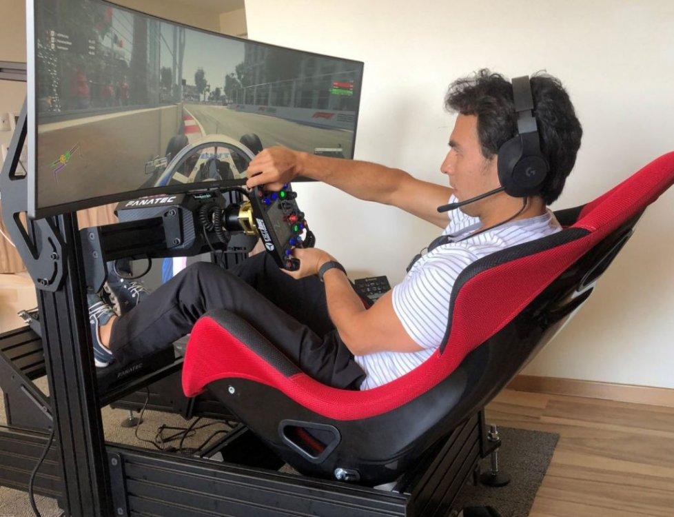 Sergio-Perez-pilota-F1-Racing-Point-con-Cube-Controls-1024x786.thumb.jpg.f3e4982f64d2d378d986d840e38341b8.jpg