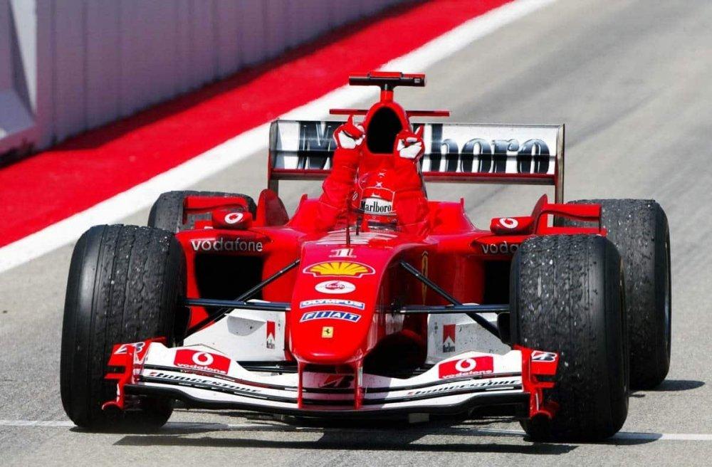 Ferrari3.thumb.jpg.1b2b51656a91a00dce9e71c214bfce37.jpg